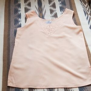 Tops - Vintage top with embroidery detail